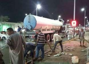 """""""مياه البحر الأحمر"""" تدفع بفريق لإصلاح أعطال خط مجاري بشارع النصر"""