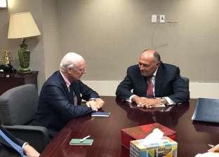 """وزير الخارجية يبحث مع """"دي ميستورا"""" الوضع في """"إدلب"""" و""""اللجنة الدستورية"""""""