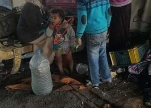 فريق التدخل السريع يرصد أسرة مشردة أسفل كوبري الطريق الدولي بدمياط