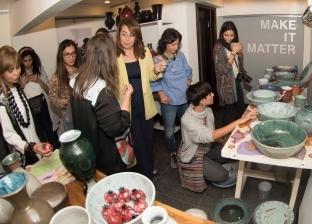 """وزيرة التضامن تفتتح معرض """"زين"""" للمنتجات التراثية بالمعادي"""