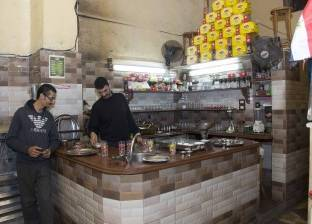 مقهى «البلياردو».. شاهد على عملية اختطاف ابن عم ملكة إنجلترا.. ومحمود ياسين وعمرو دياب «متربيين هنا»