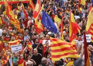 المعارضة الإسبانية تتفق مع الحكومة لإنهاء «محاولة انفصال كتالونيا»