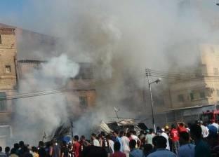 بالصور  حريق يلتهم 7 محلات تجارية بمنطقة السوق التجاري في جمصة