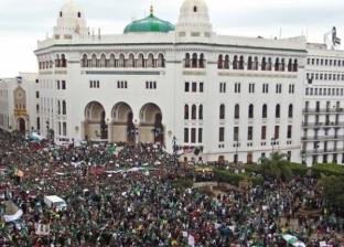 تسييج مبنى البريد المركزي.. تاريخ 106 أعوام يغلق أمام متظاهري الجزائر