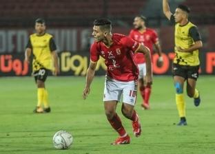 الأهلي يتصدر الدوري بفوزه على وادي دجلة 2-1