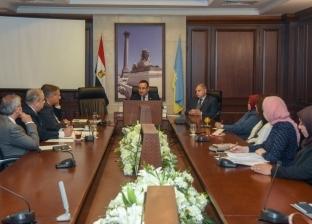 محافظ الإسكندريةيطالب رؤساء الأحياء بوضع خطة ورؤية واضحة للتطوير