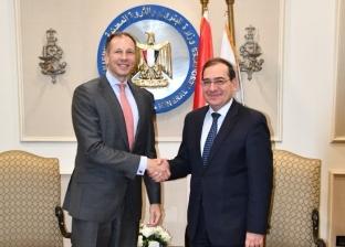 """مساعد وزير الخارجية الأمريكي لـ""""الملا"""": حريصون على تعزيز التعاون معكم"""