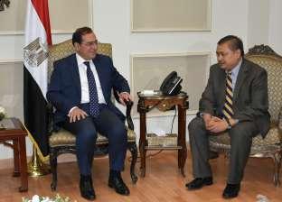 """""""عدنان"""": صناعة البترول والغاز المصرية دخلت اهتمام الشركات العالمية"""