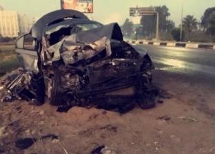 مصرع عريس وطبيب وطفلته في حادث تصادم سيارتين بالمنصورة