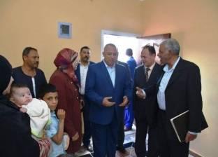 محافظ الشرقية: 200 ألف جنيه لفرش وتجهيز 20 منزلا مملوكة لغير القادرين
