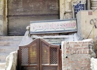 مسجد يغلق أبوابه يوم الجمعة: مساحته ضيقة ومفيش خطيب