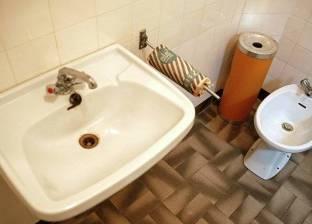 محكمة هندية تطلق سيدة بسبب رفض زوجها إنشاء مرحاض داخل المنزل