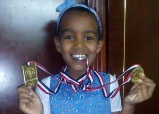 قالوا لها فى المدرسة «يا سودا» فأهداها شاب جلسة تصوير مجانية: «انتِ جميلة يا آية»