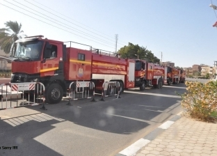 تفحم سيارة نقل محملة بالبطاطس في منطقة سهل بركة في الفرافرة