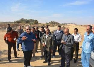الزملوط يتفقد طريق 25 يناير بمدينة الخارجة