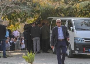 وزير التربية والتعليم يشارك في تشييع جثمان أحمد كمال أبوالمجد