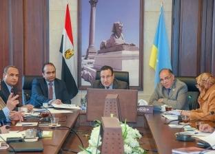 محافظ الإسكندرية يطالب باستبعاد أي مقاول مقصر في أعماله