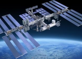 رواد فضاء في رحلة لإصلاح ثقب مركبة روسية