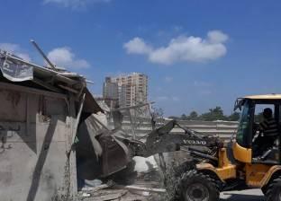 حي شرق بالإسكندرية يشن حملة لإزالة الأكشاك والتعريشات المخالفة