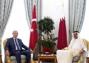 «أردوغان» يستنجد بـ«تميم» للهروب من «دوامة» انهيار الليرة