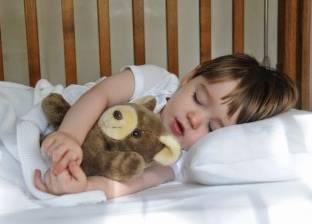 دراسة: الأطعمة الصلبة تساعد الرضع على النوم بصورة أفضل