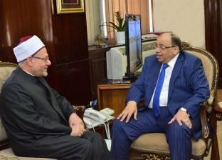 """المفتى يهنئ محمود شعراوي بتوليه حقيبة """"التنمية المحلية"""""""