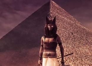"""حكايات فرعونية بالـ""""فوتوشوب"""": ليه تقرا التاريخ لما ممكن تتفرج عليه"""