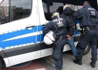 الشرطة الألمانية تداهم ملجأ للمهاجرين بعد اشتباكات مع 150 طالب لجوء