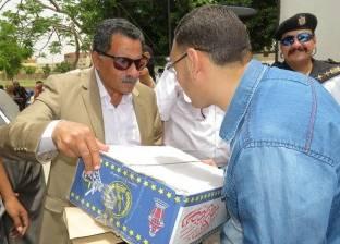 """""""مجالس الشباب"""" توزع 5 آلاف كرتونة رمضان على """"الأكثر احتياجا"""" بالغربية"""