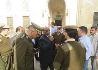 مدير أمن الغربية يتفقد تأمين المسجد الأحمدي بطنطا