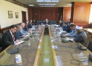 وزير الري يناقش سبل تيسير إجراءات الحج مع ممثلي الجهات المعنية