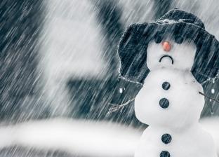 دراسة تحذر: الإكثار من الحلويات في الشتاء يسبب الاكتئاب