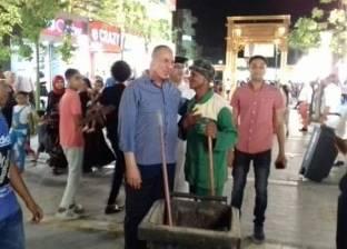 محافظ البحر الأحمر يشكر عمال النظافة لجهودهم في العيد