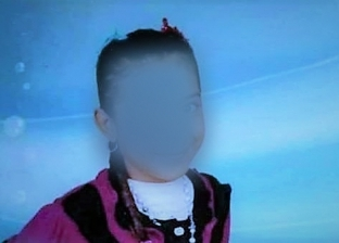 كشفت جثتها الكلاب الضالة.. تفاصيل خطف طفلة وقتلها وتقطيع أعضائها