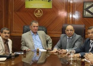 بالصور| محافظ كفر الشيخ ورئيس الأوقاف يبحثان استغلال أراضي الهيئة