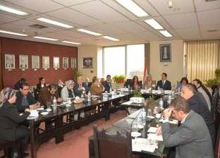 محافظ القليوبية يشارك في اجتماع التنمية المستدامة لتدريب 500 شاب وشابة