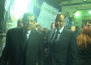وزير التموين وأحمد شفيق ووزراء سابقون في عزاء زوجة فتحي سرور