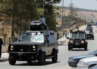 الجيش الأردني يبدأ إدخال مساعدات إلى النازحين قرب الحدود مع سوريا