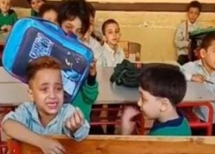 """والد طفل """"عايز أنام يا حاجة"""": """"هنقله من المدرسة.. والوزارة اعتذرت لي"""""""