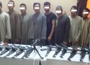 ضبط 13 شخصا بحوزتهم 16 قطعة سلاح ناري في أسيوط
