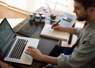 6 نصائح للتغلب على ملل العمل من المنزل