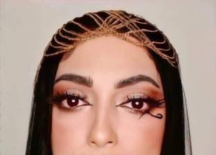 «هبة» خريجة تجارة بعيون فنانة: دمجت بين الرسم والميك آب وجسدت آنجلينا