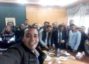 """بالصور  """"طعمية وبطاطس"""".. ضياء رشوان يقيم مأدبة إفطار لمحرري النقابة"""