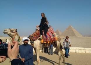 ملكة جمال اليونان في زيارة للهرم