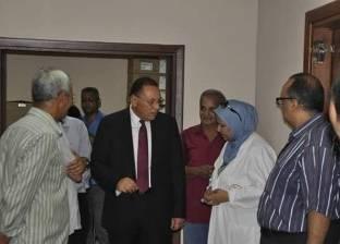 رئيس جامعة القناة يتفقد المستشفى الجامعي: لا تهاون مع المقصرين