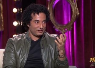 """عمرو سعد يحكي موقفا محرجا تعرض له داخل المترو: """"اتكسفت"""""""