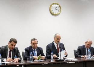 «دى ميستورا» يطالب روسيا بالضغط على «دمشق» للجلوس مع المعارضة