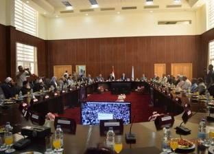 محافظ البحر الأحمر يستقبل رجال الدين وقيادات الأمن للتهنئة بالعيد