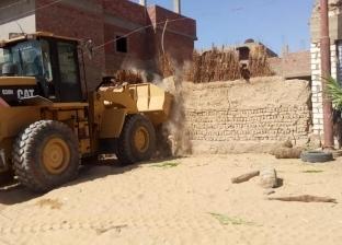 """إزالة 40 حالة تعد ضمن حملة """"حق الشعب"""" بسوهاج"""