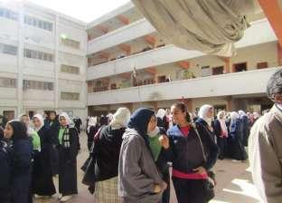 «تعليم الإسكندرية» تنسق مع أحياء المحافظة لإزالة المخلفات أمام المدارس